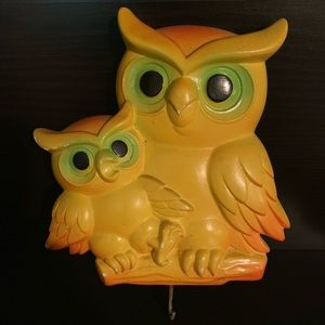 Yellow owl - flat with hook